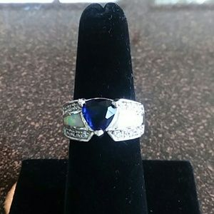 Sapphire and fire opal ring